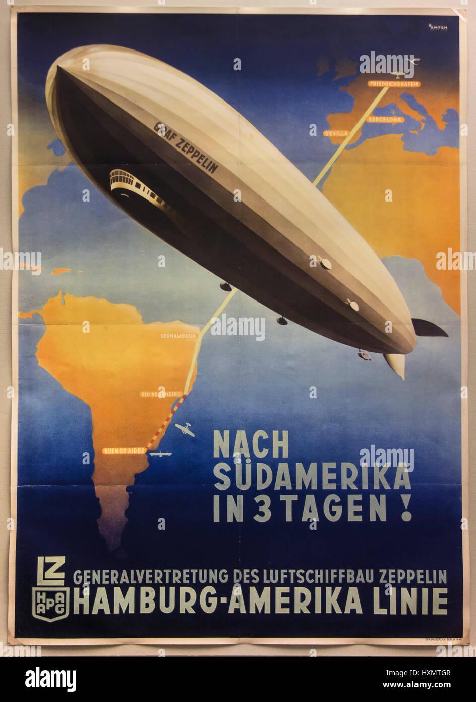 Ottomar Anton (1895 ? 1976), HAPAG-Werbeplakat für die Hamburg-Amerika Luftschiff Linie, Berlin, ca. 1932. Stockbild