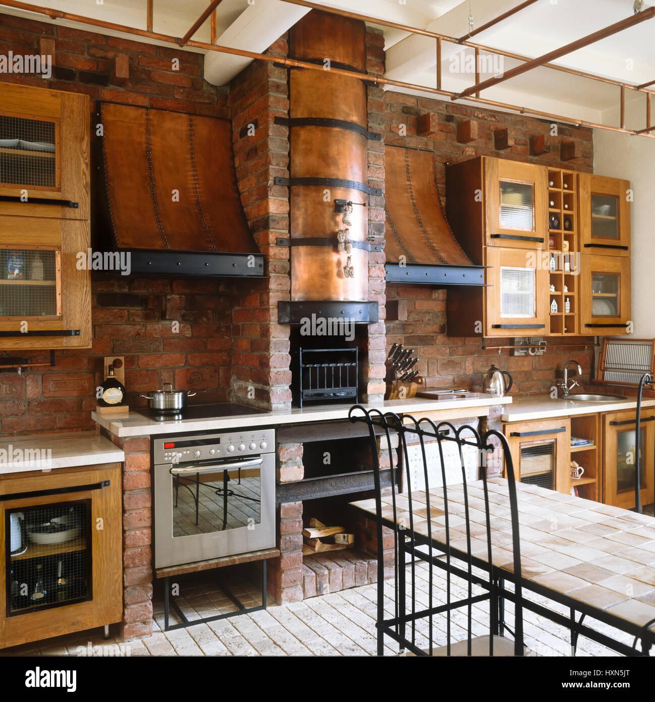 Rustikale Küche Und Esszimmer.