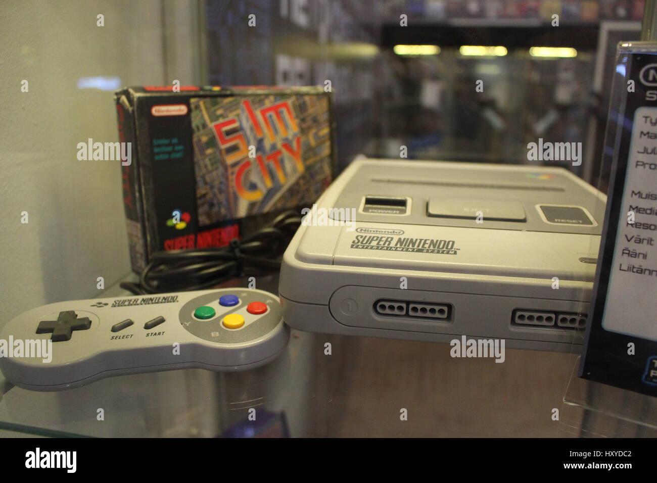 Nintendo 64 Stockfotos & Nintendo 64 Bilder - Alamy