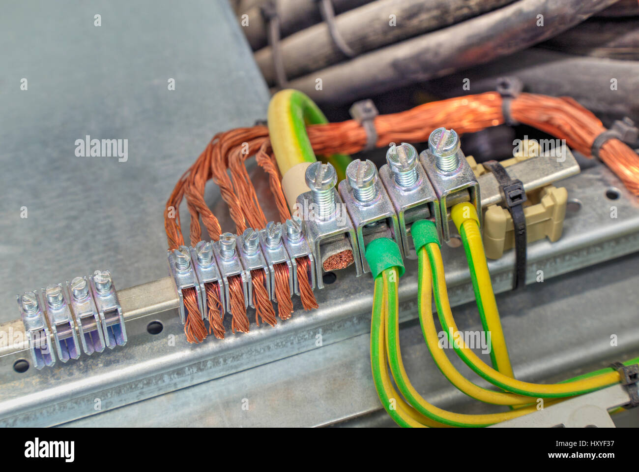 Electric Cable Installation Terminals Stockfotos & Electric Cable ...