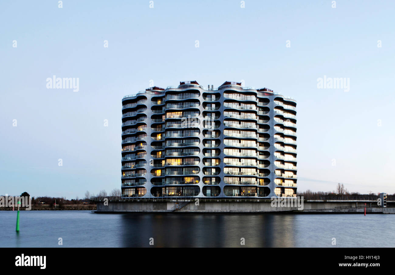 """Dieses """"Metropolis"""" Gebäude ist von Future Systems, die eine experimentelle Britist Architektenbüro Stockbild"""
