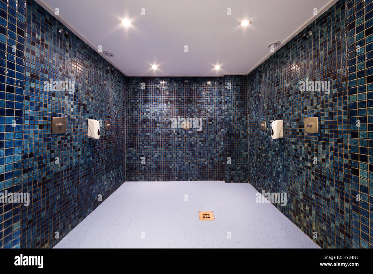 Eine Leere Moderne Dusche Oder Nasszelle In Einem Sauna Center