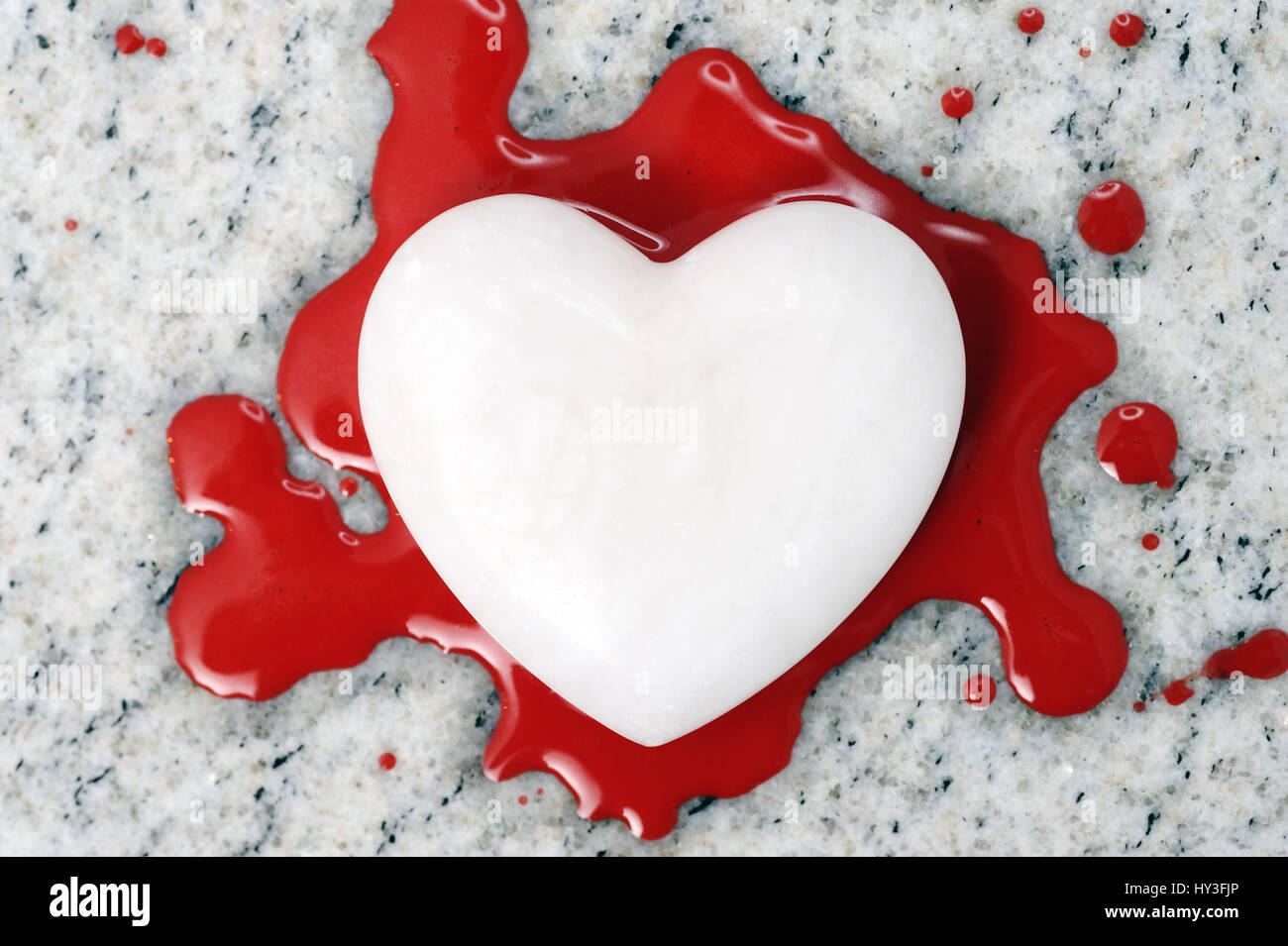 Tränendes Herz, Blutendes Herz Stockfoto, Bild: 137146430