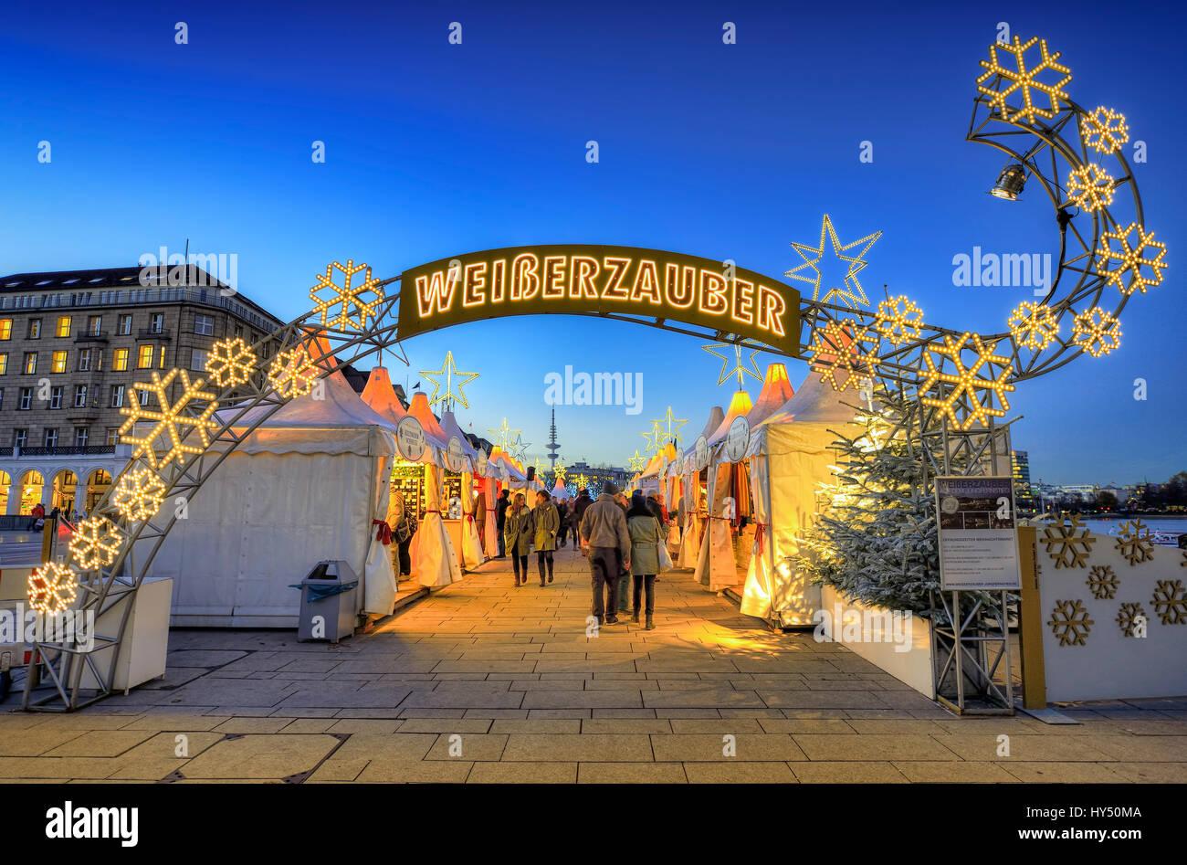 Jungfernstieg Weihnachtsmarkt.Weihnachtsmarkt Am Jungfernstieg In Hamburg Deutschland