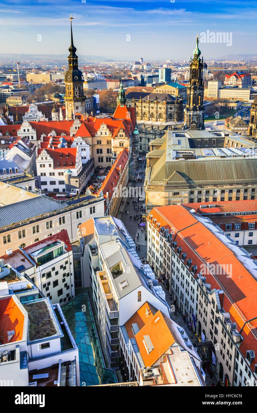 Dresden, Deutschland - Luftbild von Frauenkirche mit Innere Altstadt und Hofkirche. Stockbild