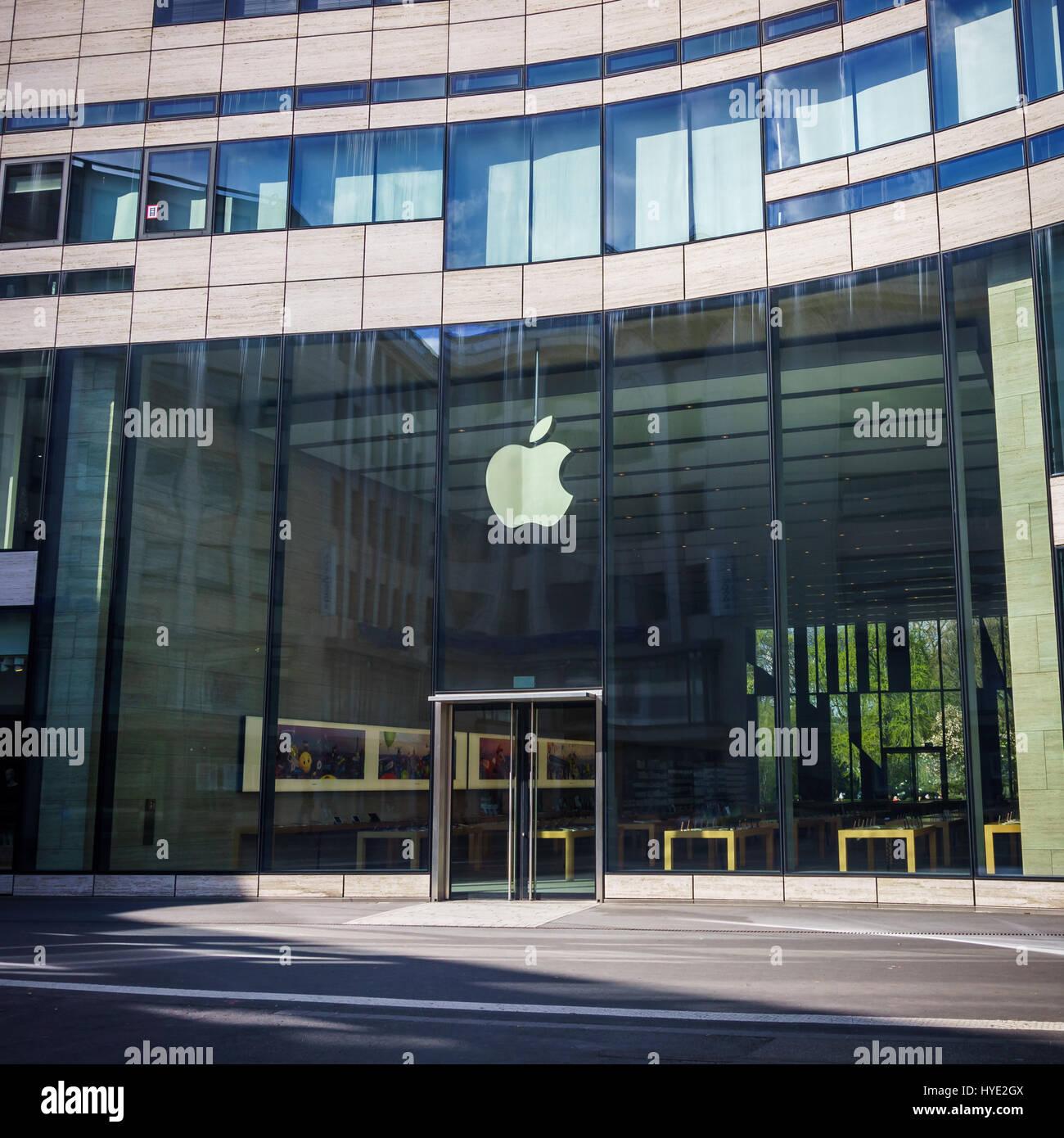 Ubrugte Düsseldorf, Deutschland - 2. April 2017: The Apple Store, an einem DR-67