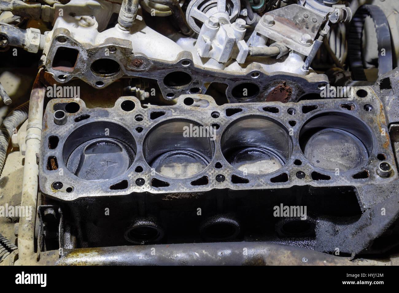 Ausgezeichnet Teile Eines Automotors Beschriftet Fotos - Schaltplan ...