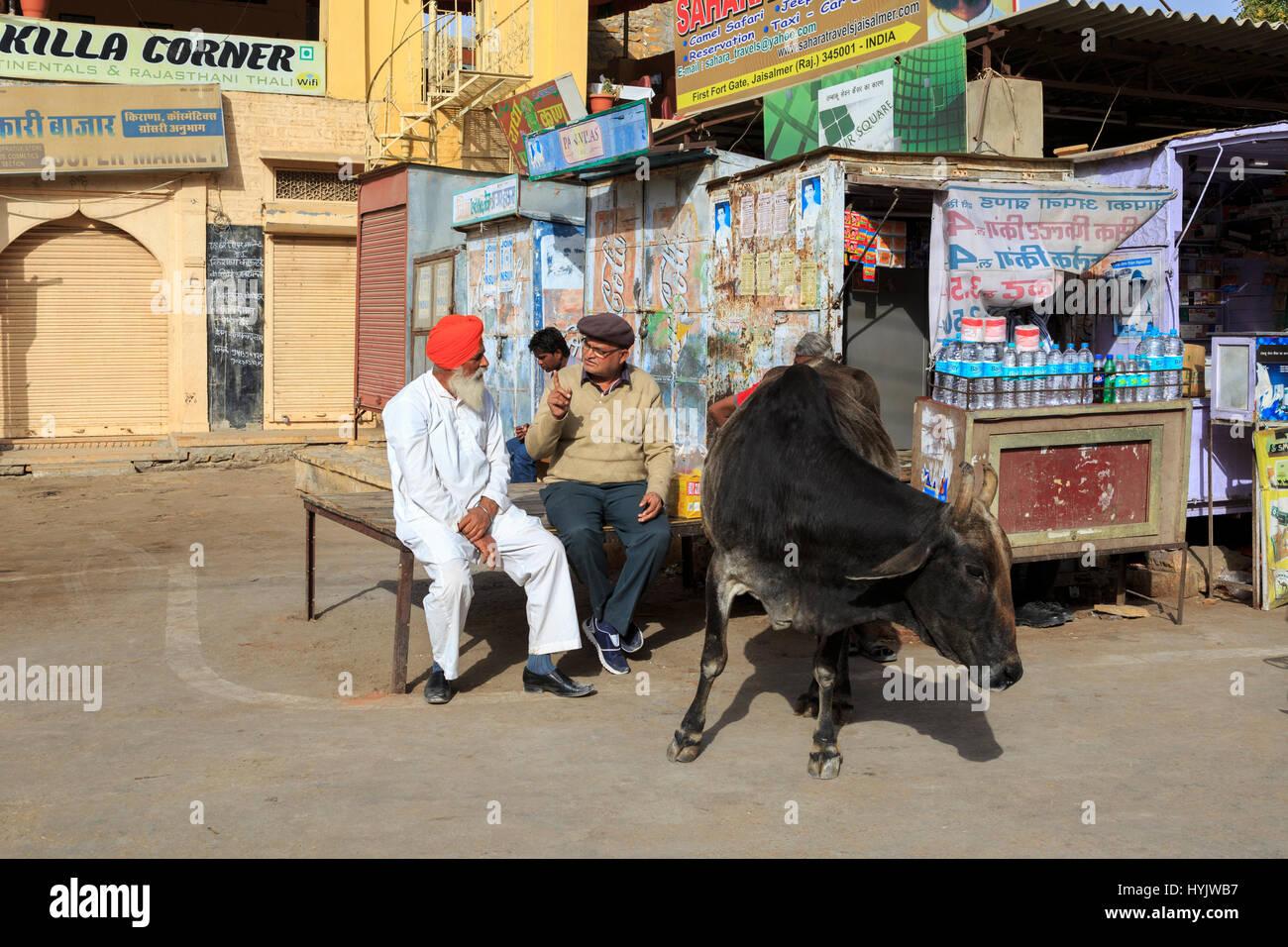 Strassenszene, Jaisalmer, Rajasthan, Indien Stockbild