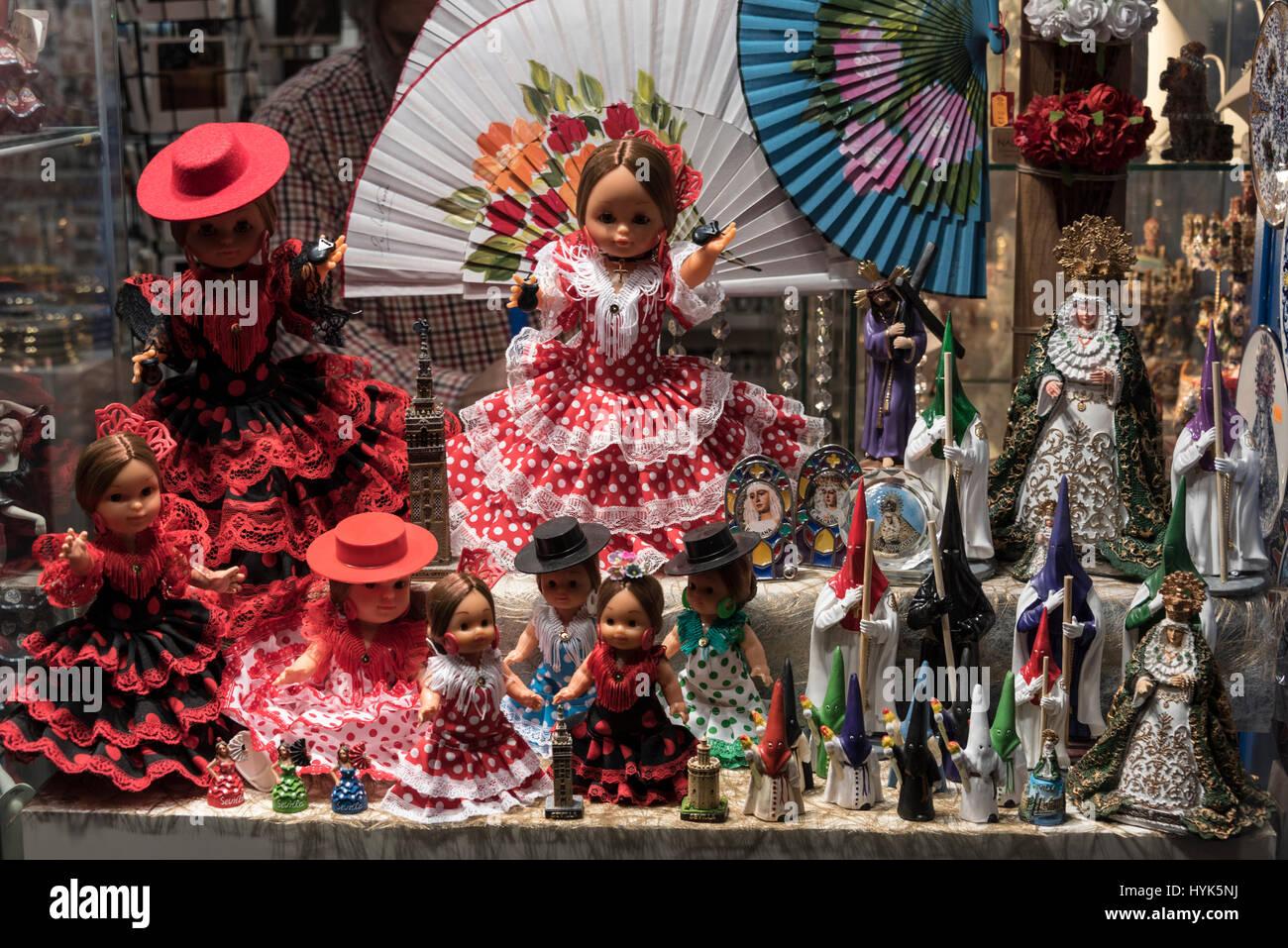 spanische kleidung stockfotos und -bilder kaufen - alamy