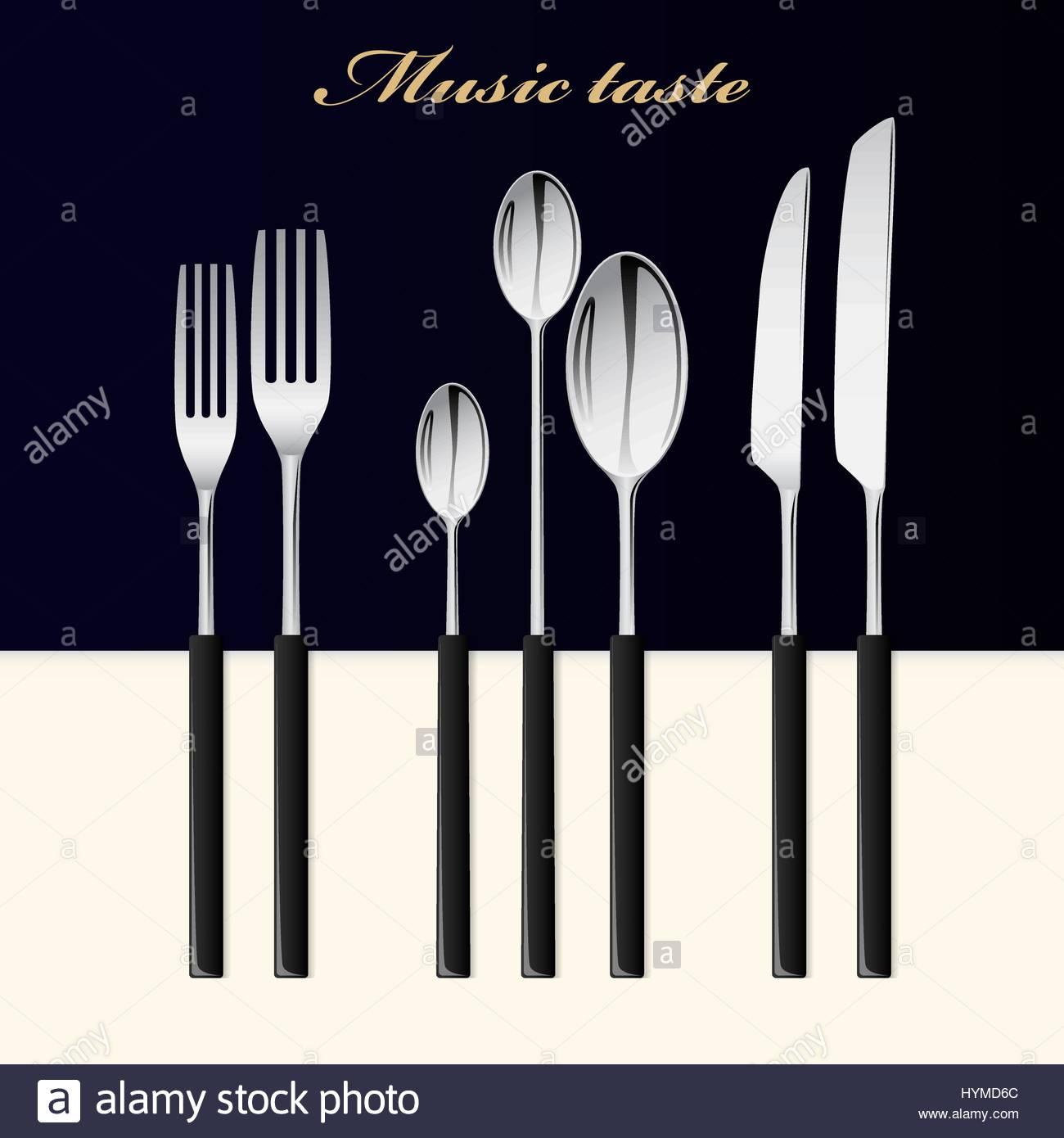 Besteck. Löffel, Gabel und Messer gestapelt auf einem schwarz-weiß ...