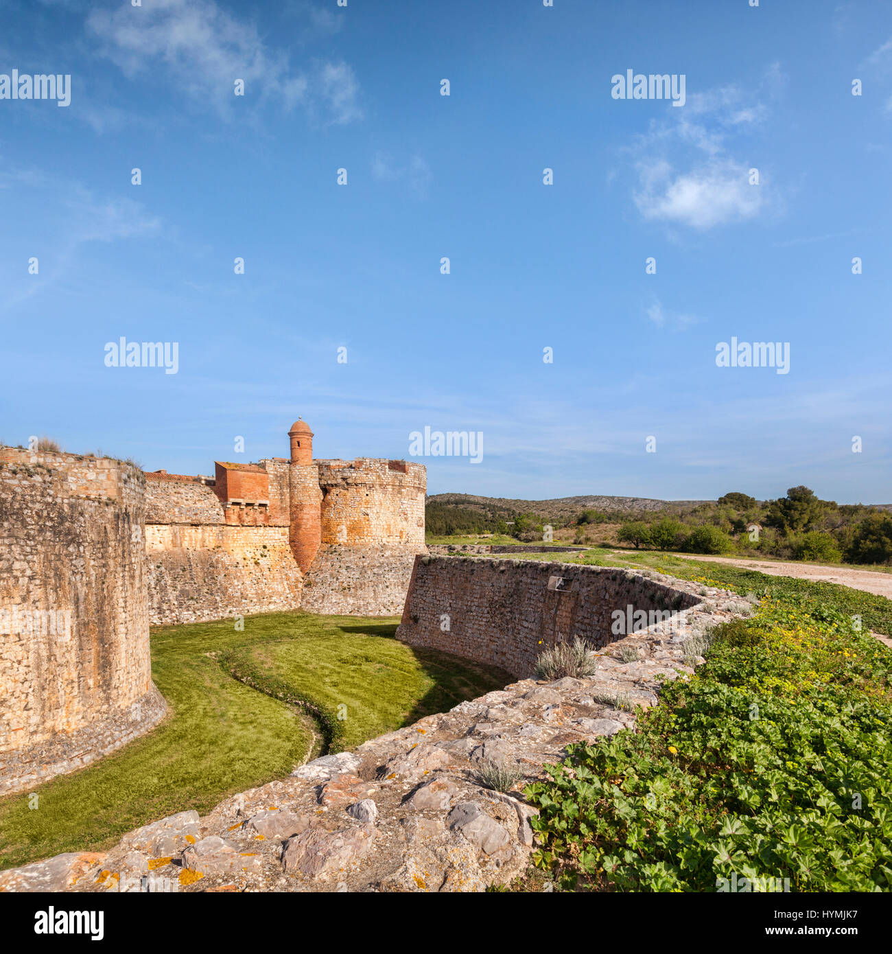 Festung von Salses-le-Chateau, Languedoc - Rousssillon, Pyrenäen Orientales, Frankreich. Stockbild