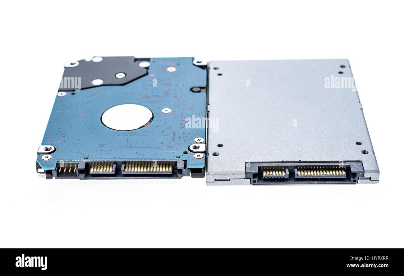 Solid-State Drive SSD neben 2,5\' Festplatte Größenvergleich ...