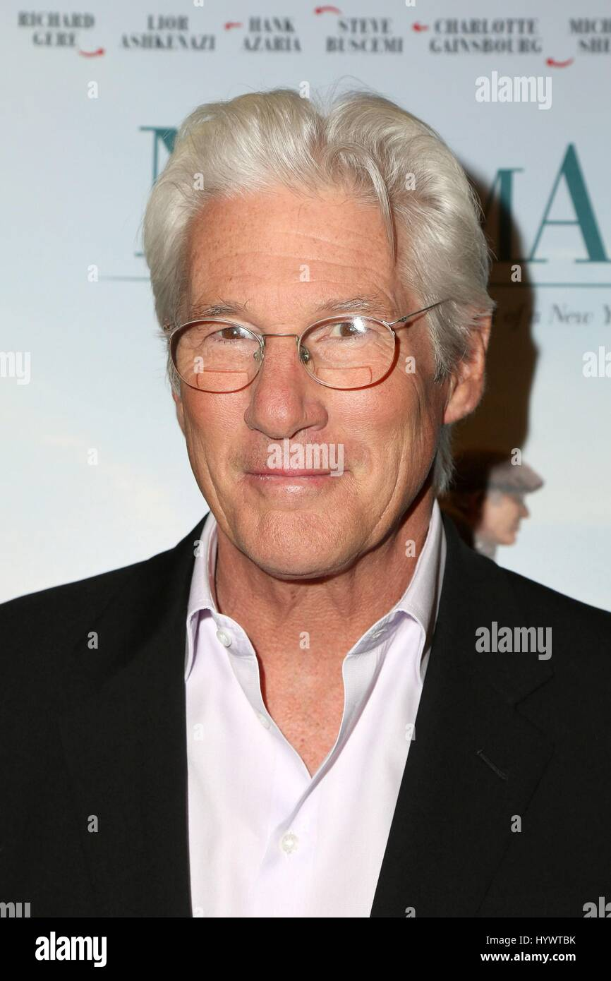 Los Angeles, CA, USA. 5. April 2017. Richard Gere im Ankunftsbereich für NORMAN Premiere, Linwood Dunn Theater Stockbild