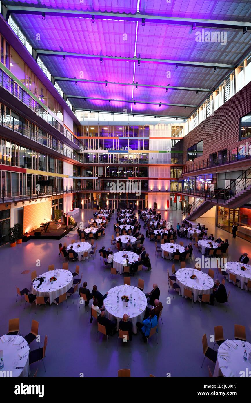 Festliche Beleuchtung, SpOrt Stuttgart, Haus des Sports, Stuttgart, Baden-Württemberg, Deutschland Stockbild