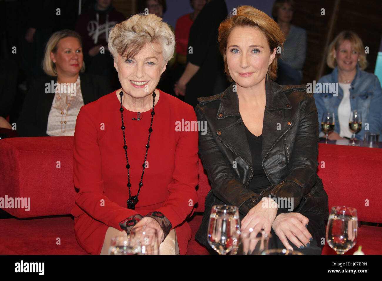 With nicole heesters stockfotos with nicole heesters bilder alamy for Moderatoren ndr talkshow