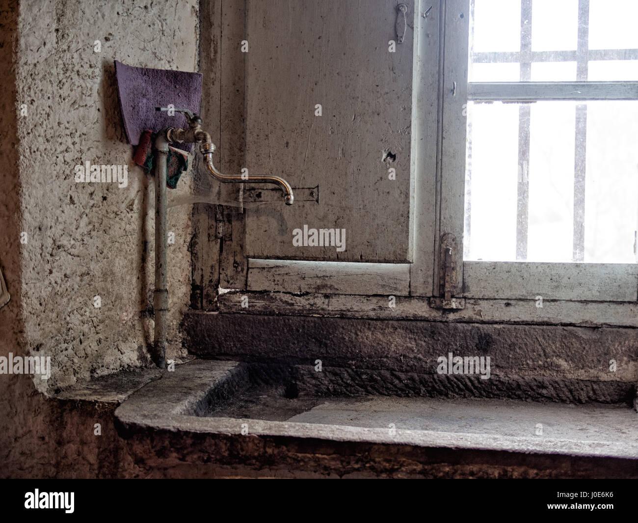 Waschbecken Aus Stein Stockfotos Und Bilder Kaufen Alamy