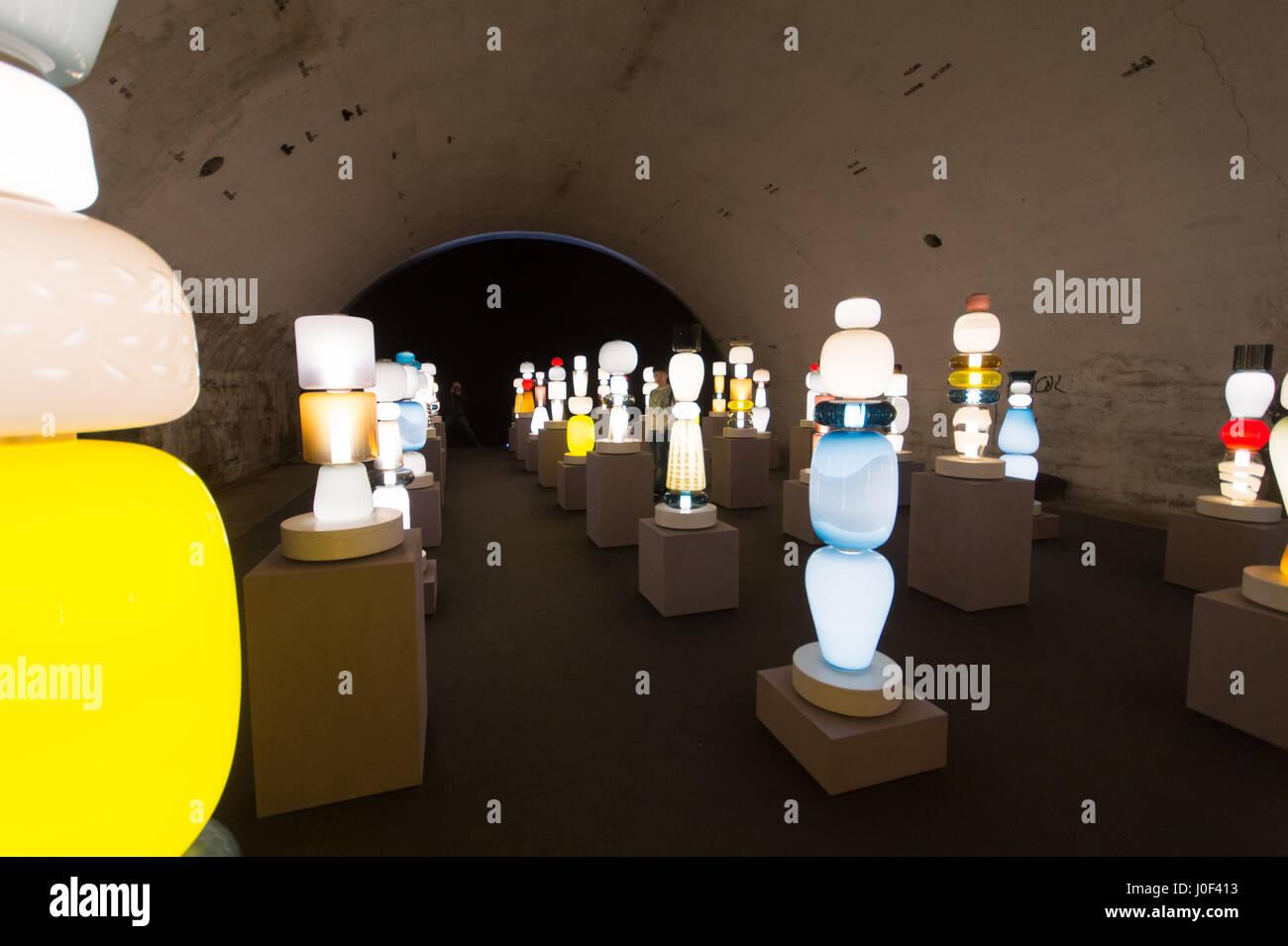 Lighting Fixtures Stockfotos & Lighting Fixtures Bilder - Alamy