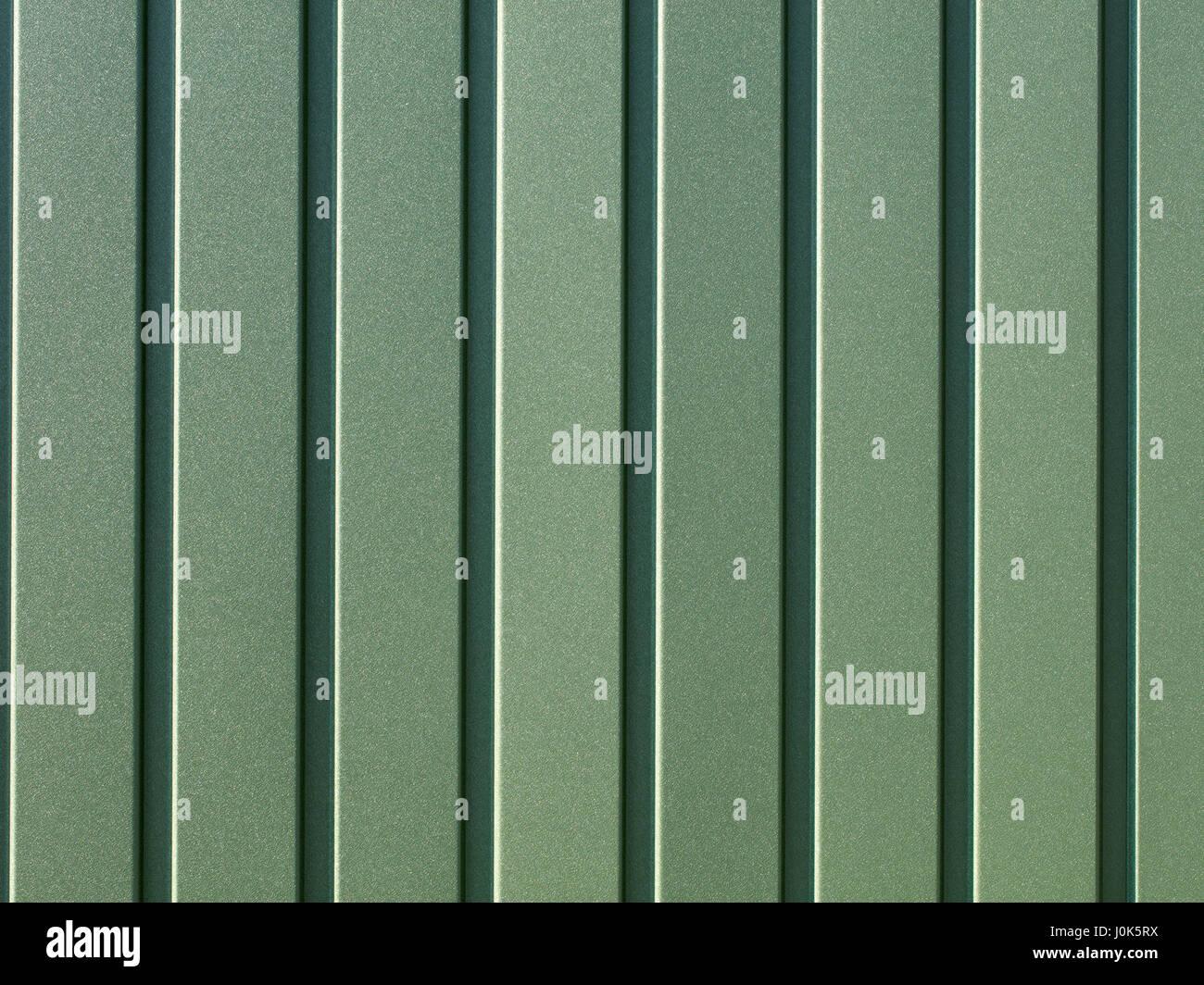 Grün metallic Zaun aus Wellpappe aus Stahlblech mit