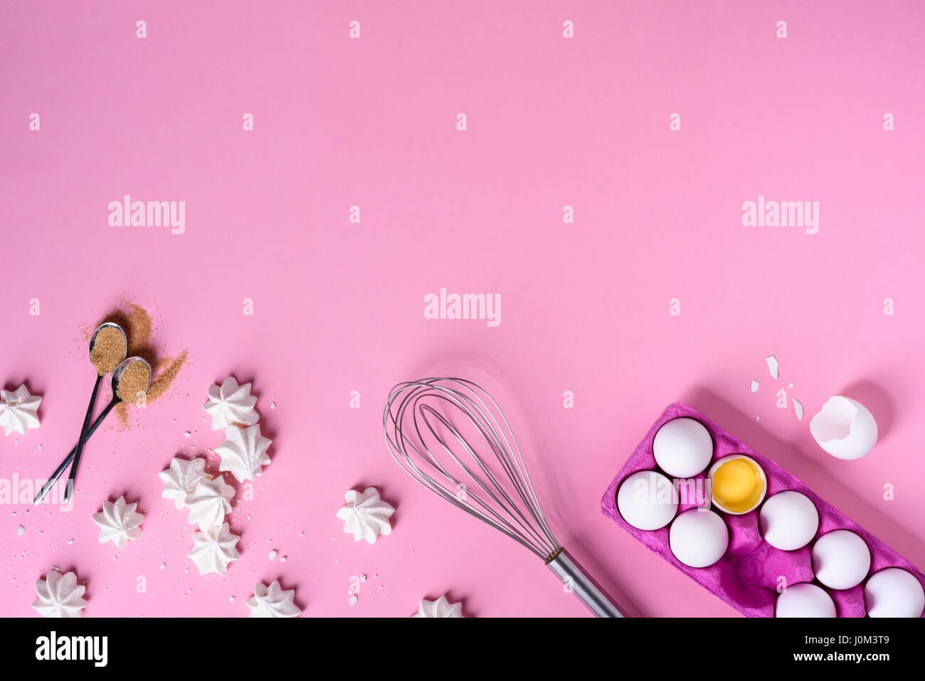 Bäckerei Hintergrund Rahmen. Kochen Zutaten - Ei, Zucker, über rosa ...