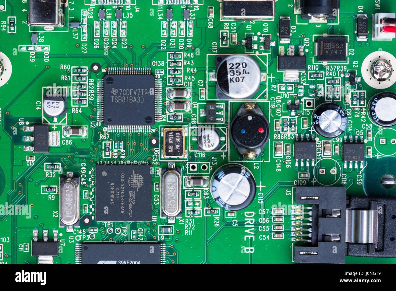 Groß Computer Kabelverbindungen Fotos - Die Besten Elektrischen ...