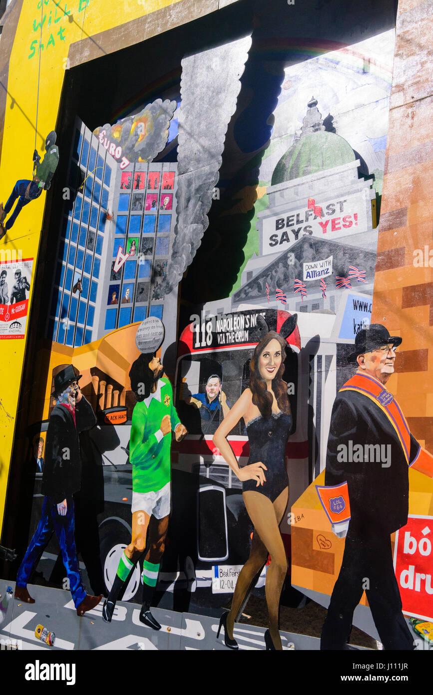 Künstlerische Wandmalerei an einer Wand in Belfast, mit George Best, ein Orangeman, das Europa Hotel bombardiert Stockbild