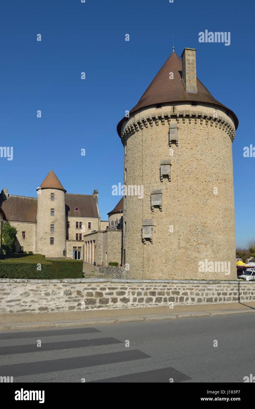 Bourganeuf Schloss im Département Creuse in der Region von Nouvelle-Aquitaine in Zentralfrankreich. Stockbild