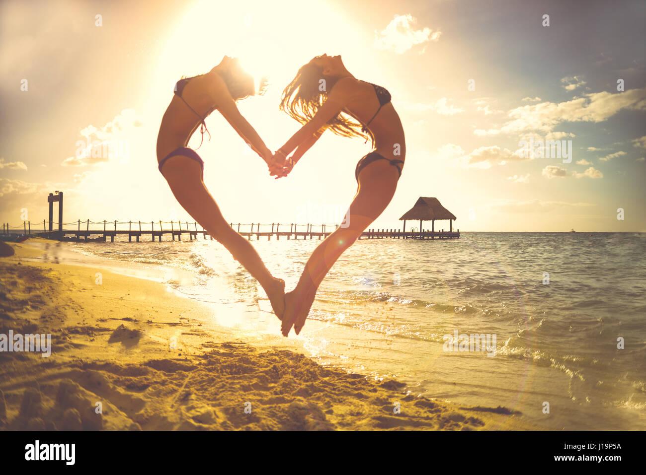Meer Strand Urlaub Urlaub Liebe Menschen Sand Herz Sonne Frauen