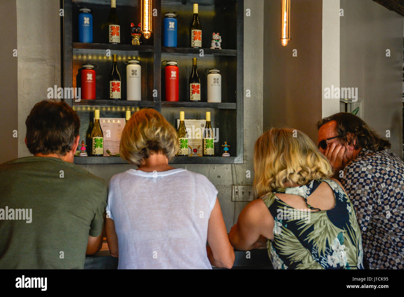 Shop Wine Wine Stockfotos & Shop Wine Wine Bilder - Seite 62 - Alamy