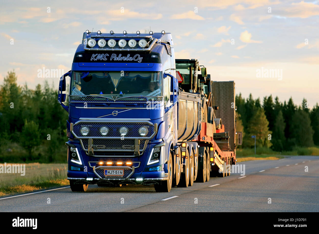 Road Show Lorry Stockfotos & Road Show Lorry Bilder - Alamy