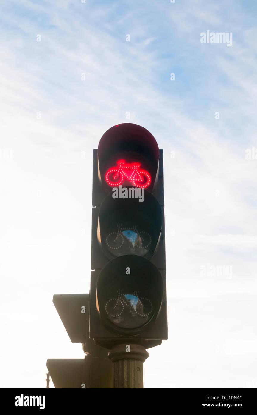 Radsport-Ampel. Fotografiert in Madrid, Spanien Stockfoto