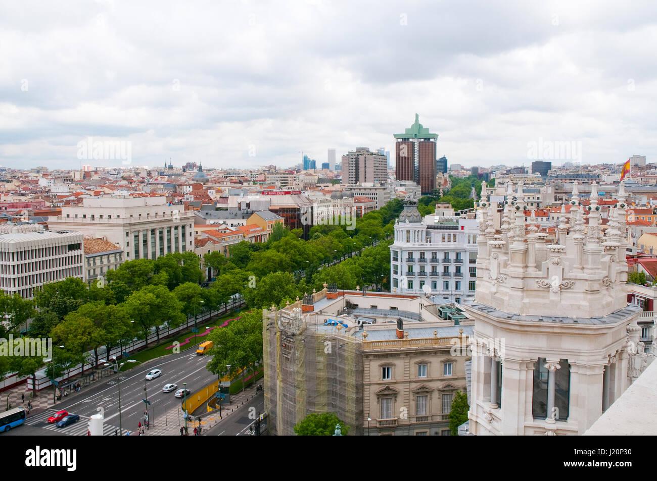 Paseo de Recoletos, Ansicht von oben. Madrid, Spanien. Stockbild