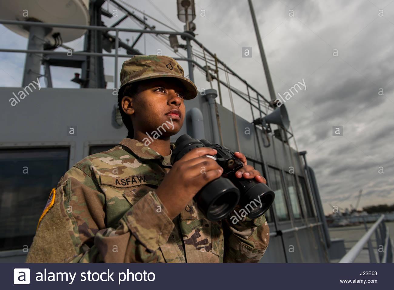 Pfc meheret asfaw ein us army reserve wasserfahrzeug betreiber