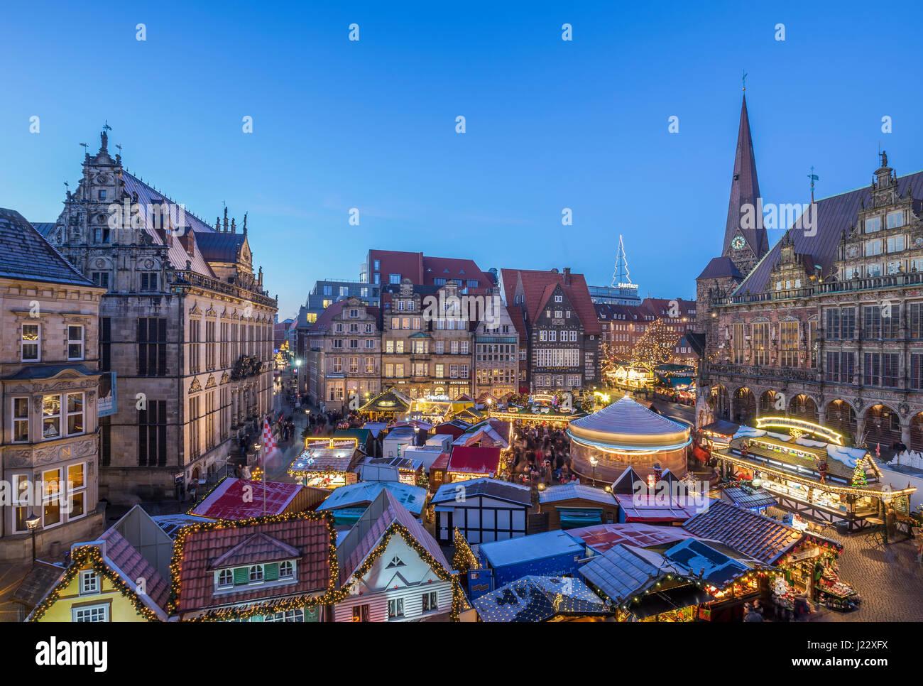 Bremen Weihnachtsmarkt.Deutschland Bremen Weihnachtsmarkt Am Marktplatz Am Abend Von Oben