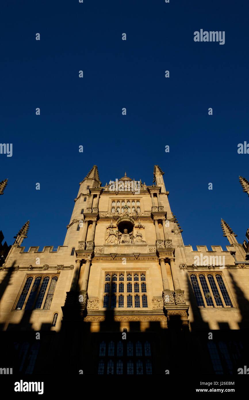 Turm von fünf Bestellungen in der Bodleian Library, Oxford, Oxfordshire, England, Vereinigtes Königreich Stockbild
