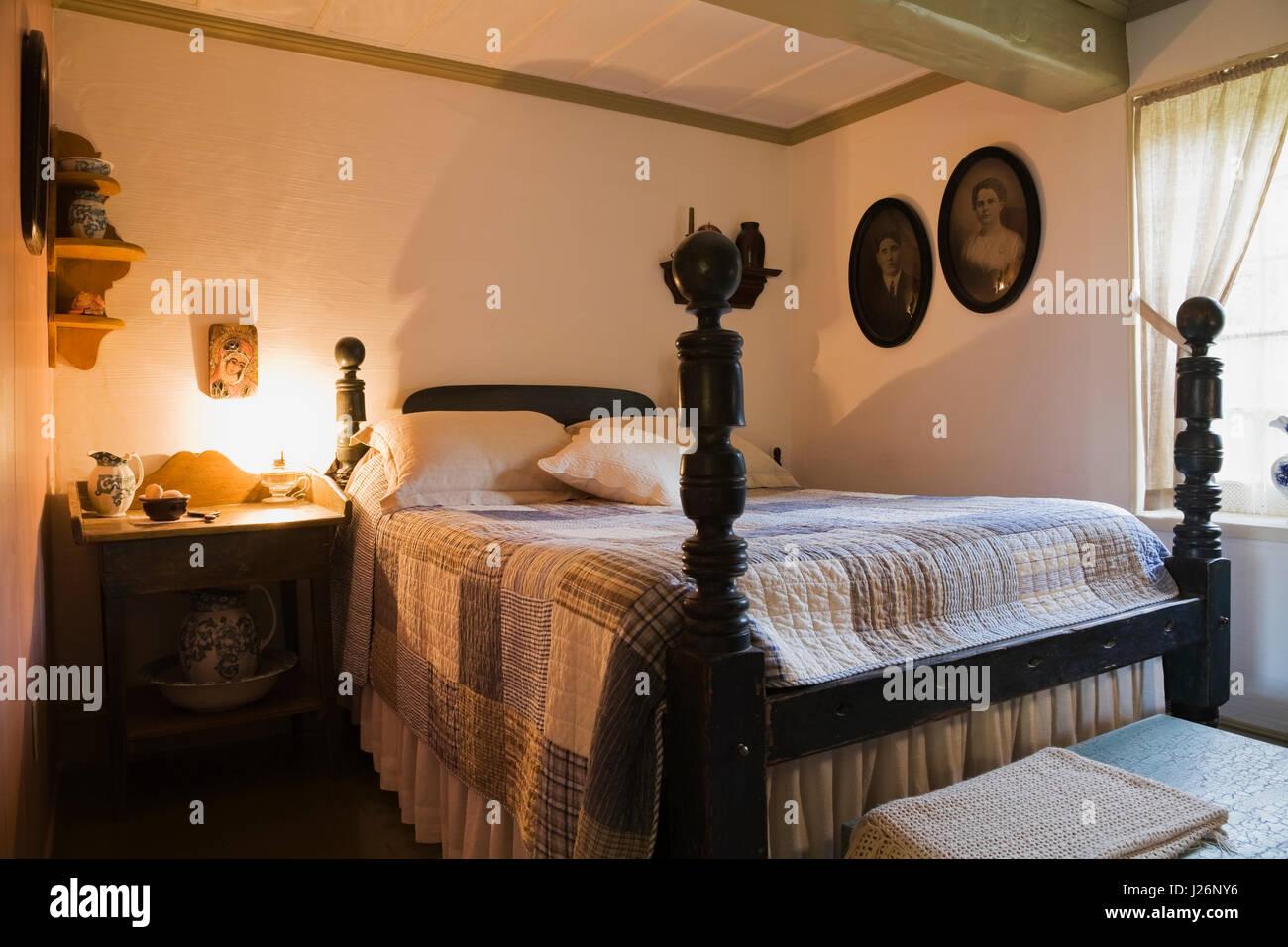 Bed Posts Stockfotos & Bed Posts Bilder - Alamy