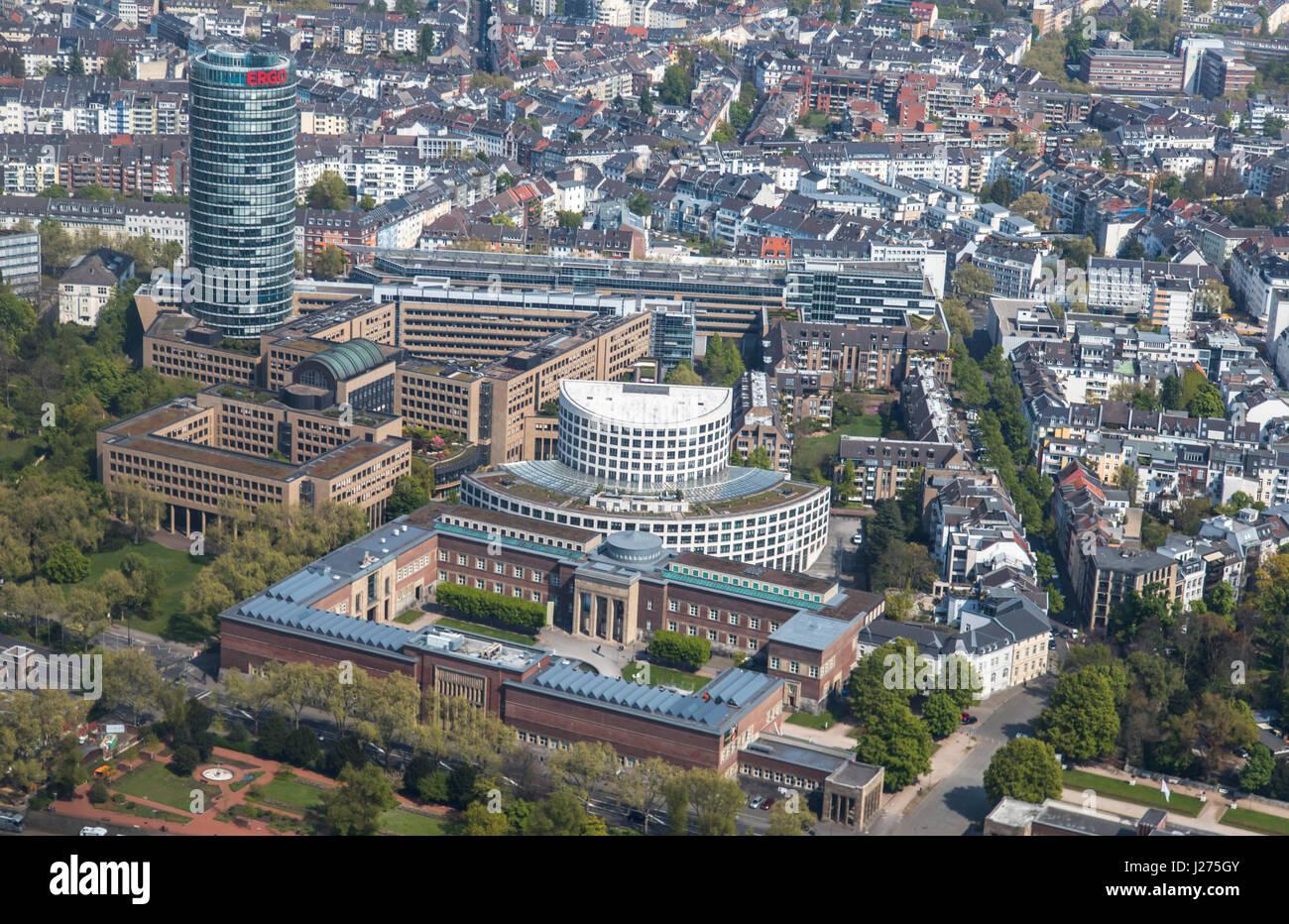 Dÿsseldorf Deutschland Innenstadt Ergo Versicherung Kopf Quartal