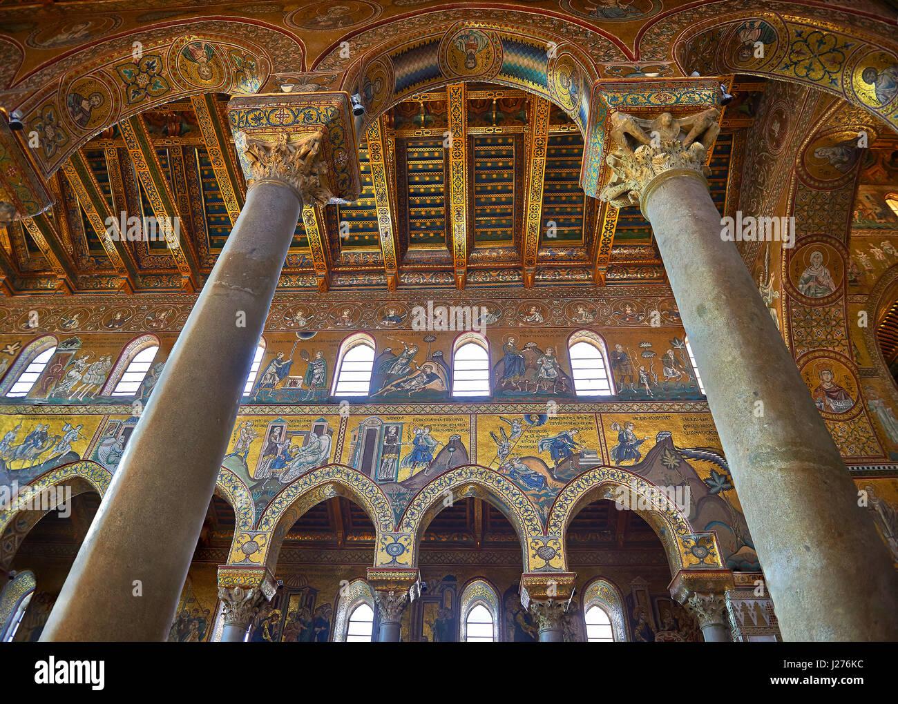 Mosaiken der Norman-byzantinischen mittelalterlichen Kathedrale von Monreale, Provinz von Palermo, Sizilien, Italien. Stockbild