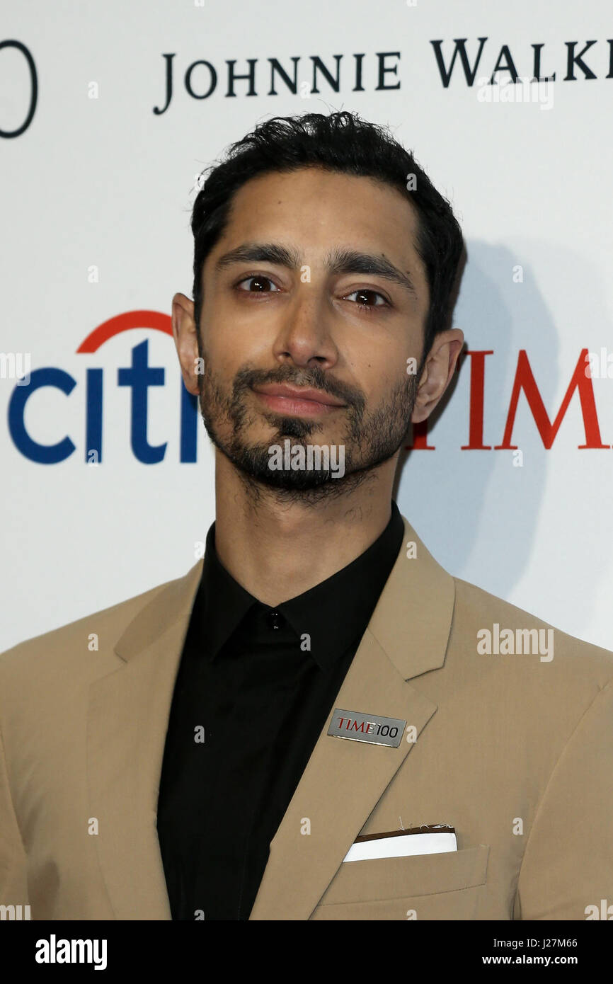 New York, USA. 25. April 2017. Schauspieler Riz Ahmed besucht die Time 100 Gala in Frederick P. Rose Hall am 25. Stockbild