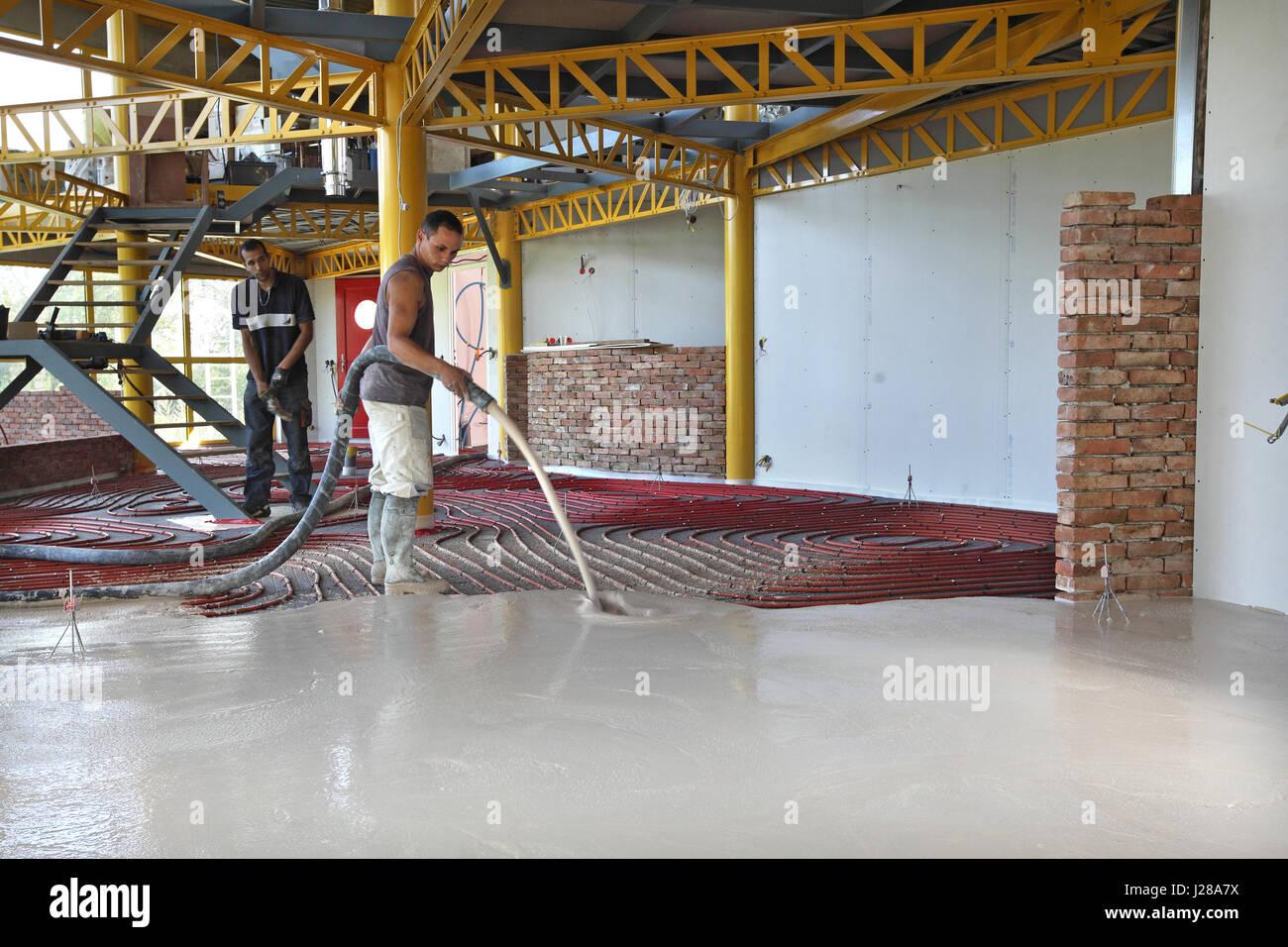 Beton Fußboden Isolieren ~ Haus gebäude installation einer wärmepumpe und fußbodenheizung