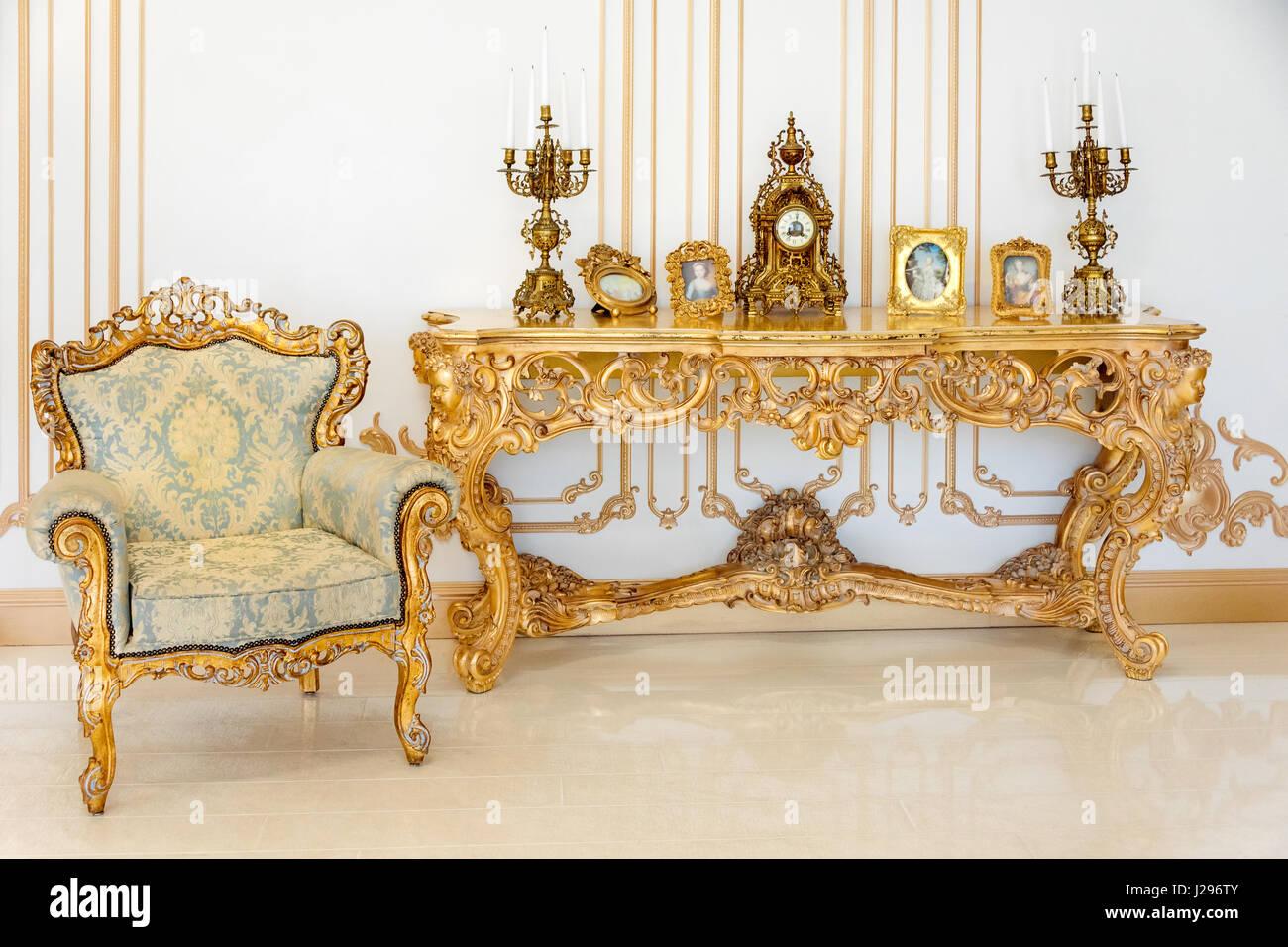 Pariser Stil Helle Farben Luxus | Classic Restaurant Interior Stockfotos Classic Restaurant Interior