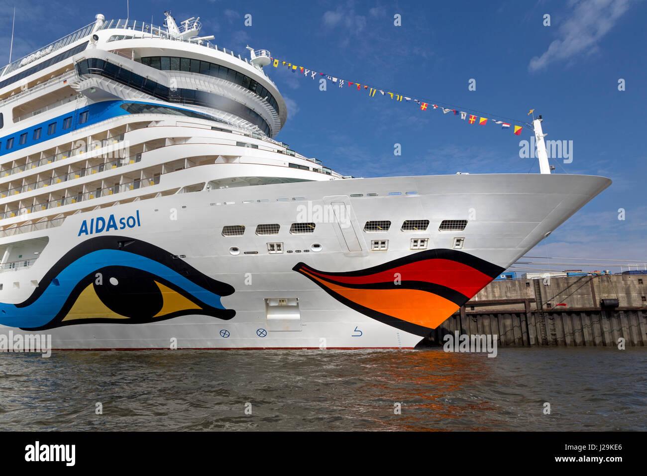 Kreuzfahrtschiff aidasol Auf der Kreuzfahrt Terminal Hamburg Cruise Center, Hamburg, Deutschland, Europa Stockbild