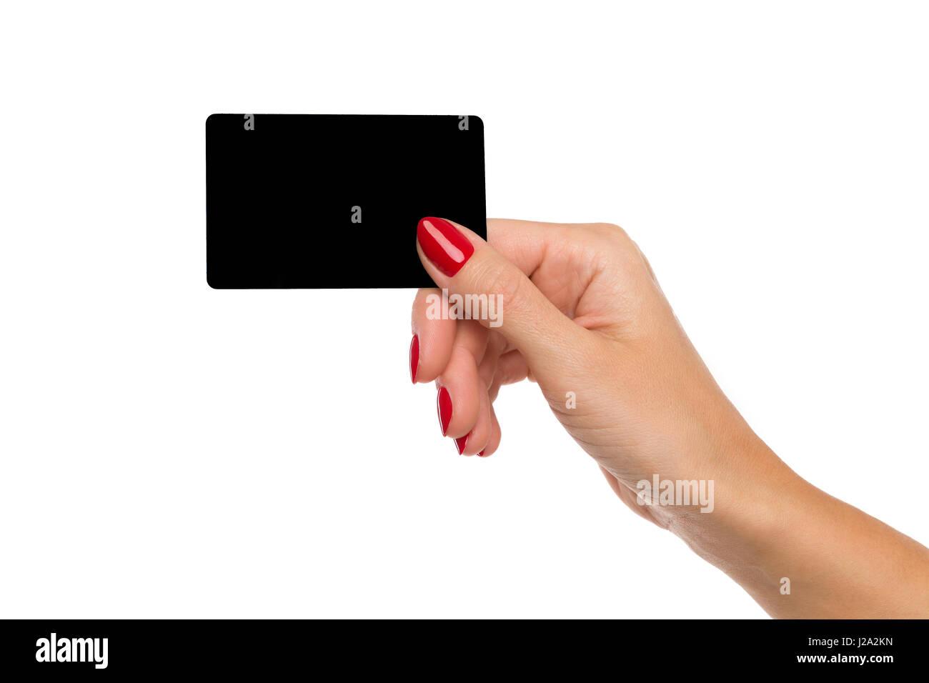 schwarze karte Nahaufnahme von Frauenhand mit roten Nägeln leere schwarze Karte