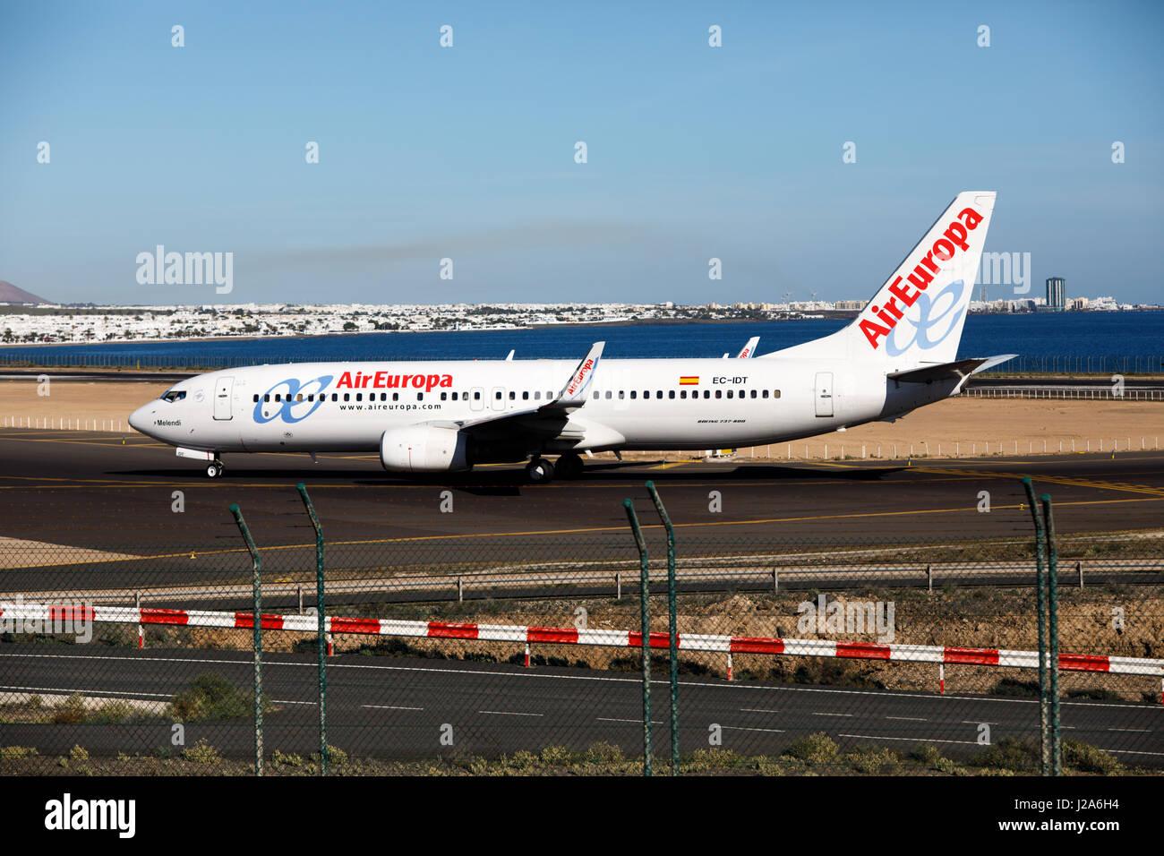 ARECIFE, Spanien - verbracht, 2 2016: Boeing 737-800 der AirEuropa am Flughafen Lanzarote Stockbild
