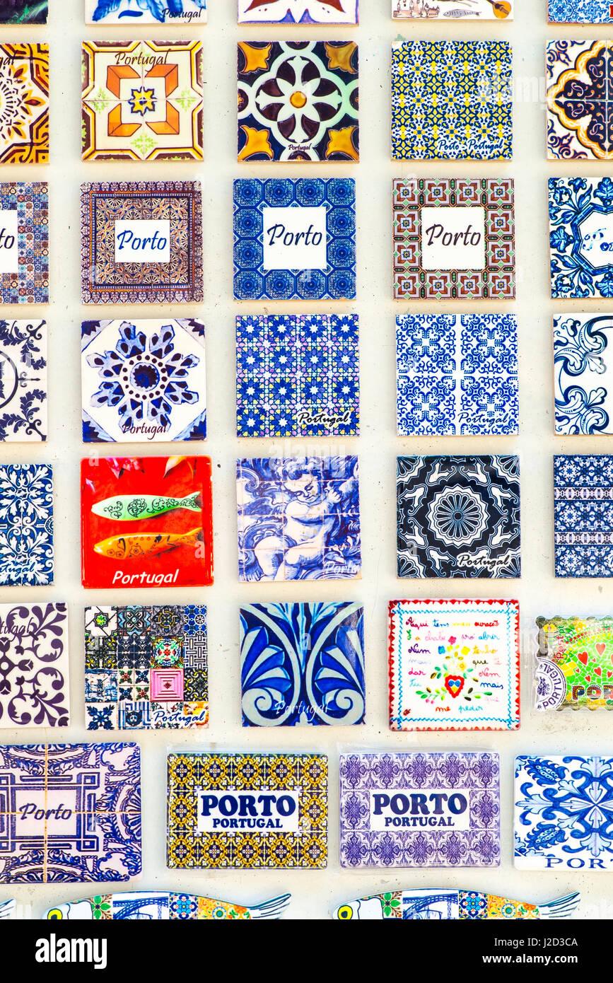 Ceramic tiles porto portugal stockfotos ceramic tiles for Fliesen portugal
