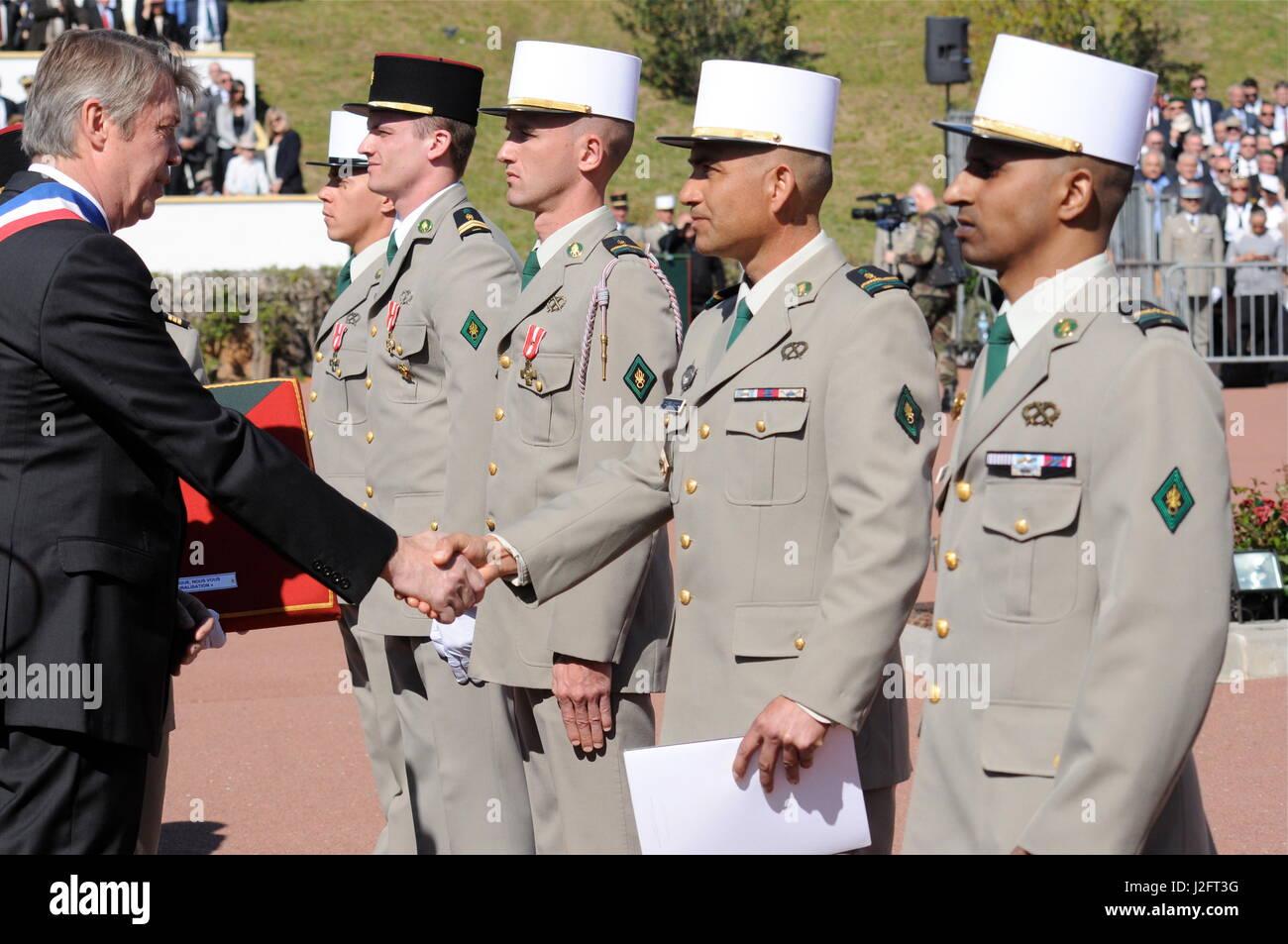 General De Villiers Chef Der Französischen Armee Besucht