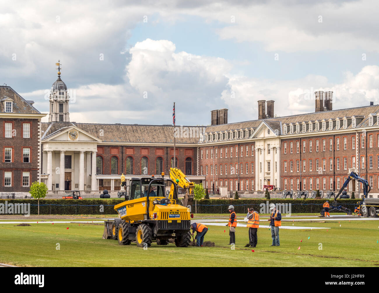 Vorbereitungen für die Chelsea Flower Show im Royal Hospital Chelsea, London, UK. Stockbild
