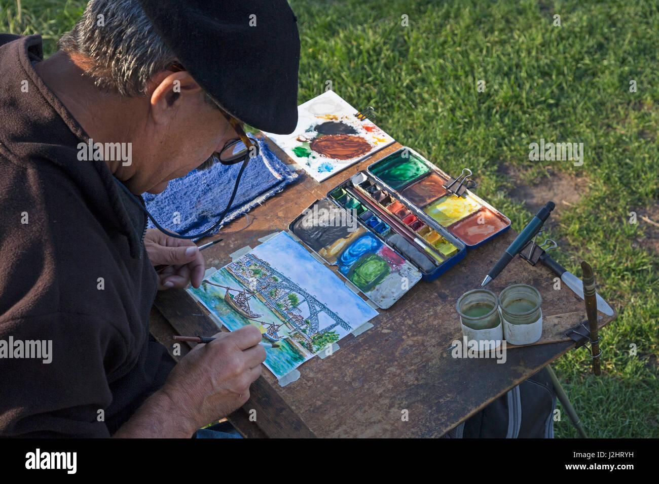 Maler vor rabelo Boote, Portwein Boote auf dem Rio Douro, Douro, Porto, Portugal, Deutschland Stockbild