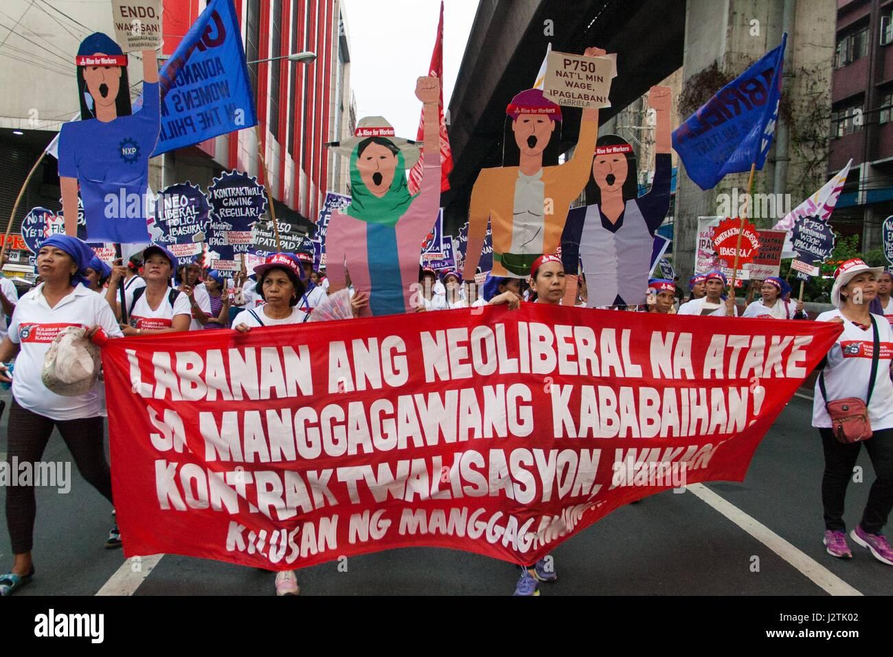 Manila, Metro Manila, Philippinen. 1. Mai 2017. Frauenrechtlerinnen ...