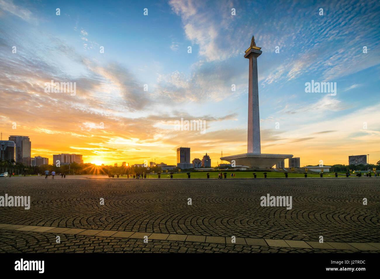 Sonnenuntergang Moment im National Monument in Zentral-Jakarta Stockfoto