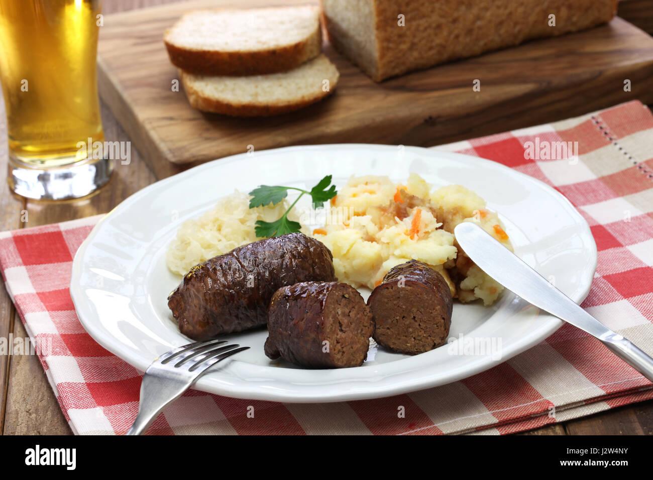 Hausgemachte Rindfleisch Würfeln, Rundervink, Niederländische Küche  Stockbild